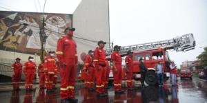 Donación de vehículo escala y equipos a Bomberos de Iquitos.